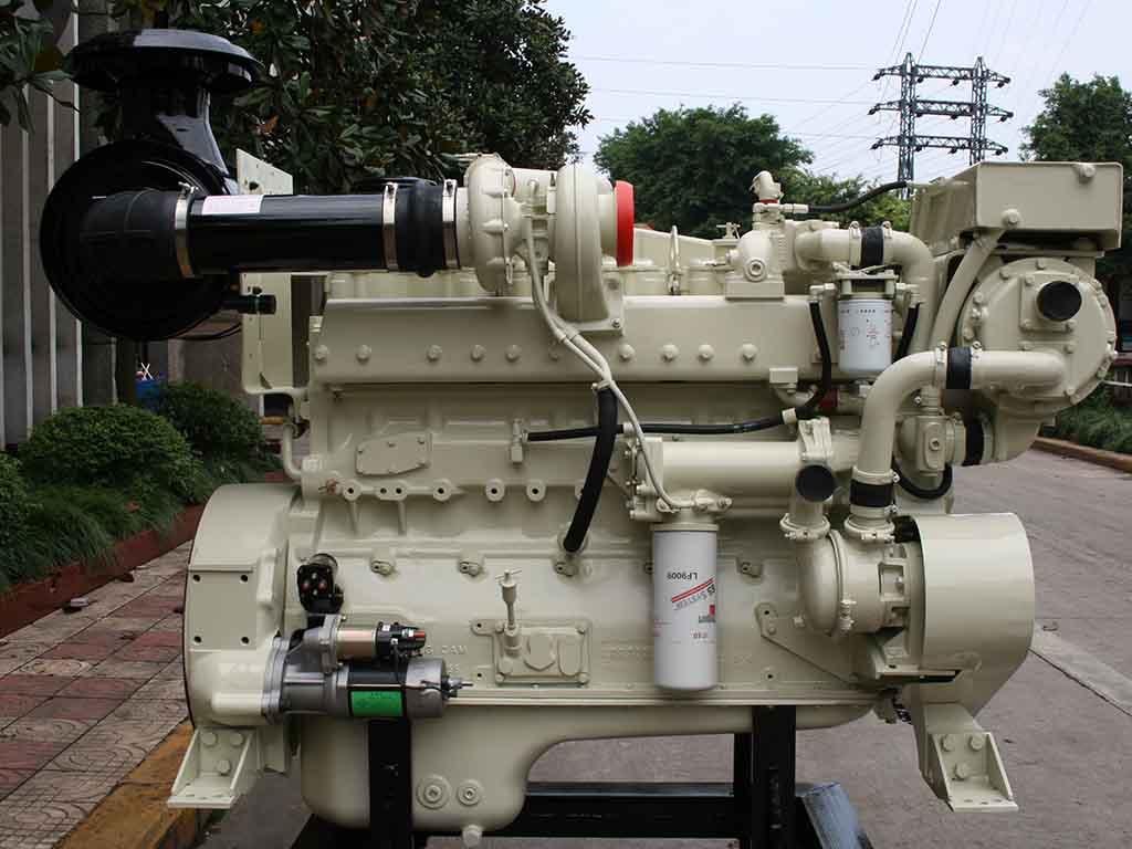 Cummins NTA855-M220   Marine propulsion diesel engine